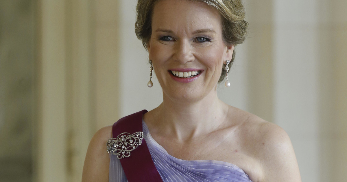 Íntima de Máxima de Holanda, madre estricta y pedagoga: Matilde, la reina que salvó la monarquía belga, cumple 47 años