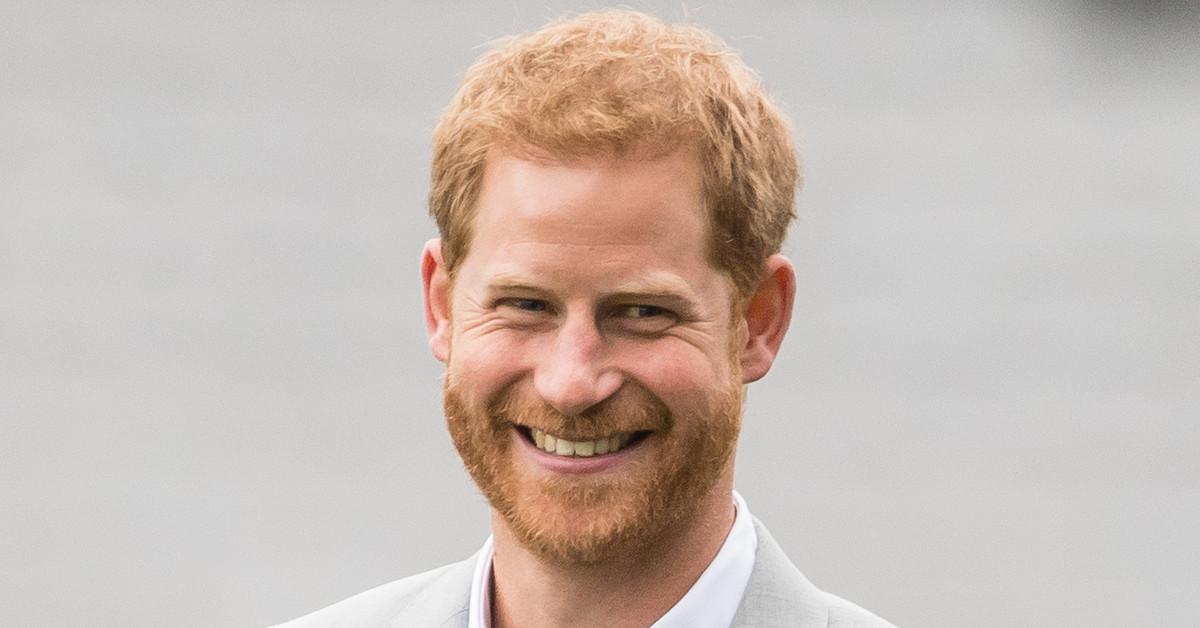 El sorprendente cambio de look del príncipe Harry en California