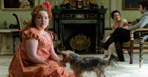 Hablamos con Nicola Coughlan (Penélope en 'Bridgerton') sobre los secretos de su personaje (y lo que pensó su madre al ver la serie)