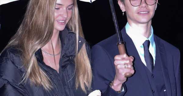 Los 18 años de Romeo, la estrella del clan Beckham: su primera portada de moda, pasión por el tenis y un amor adolescente