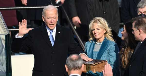 Una paloma, un cuadro y un poema: los símbolos detrás de la toma de posesión de Biden