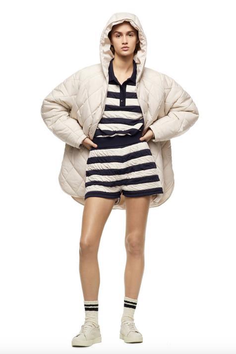 Si te has quedado sin el abrigo estrella de la última colección de H&M no desesperes porque Zara tiene uno igual