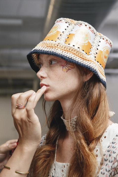 Cómo sacar partido al pintalabios que ya no utilizas: cuatro usos del labial que ponen buena cara en un minuto