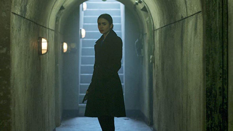 Lily Collins descubre 'La herencia' secreta de su padre