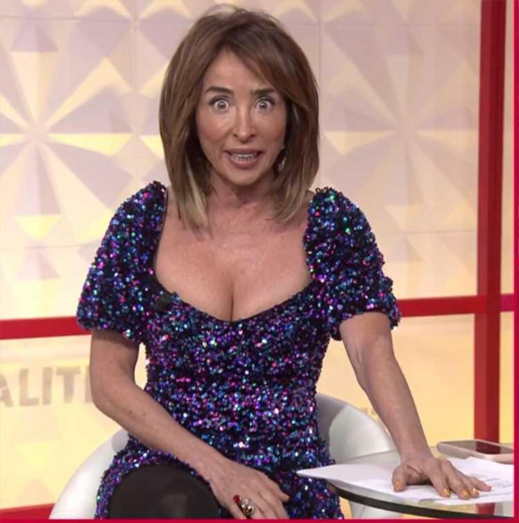 María Patiño recibe una petición muy sugerente de un 'tentador' inesperado