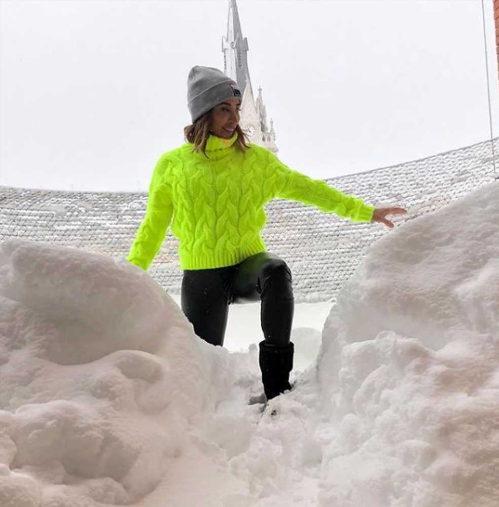 María Patiño, atrapada en casa por la nieve presenta 'Socialité desde su casa
