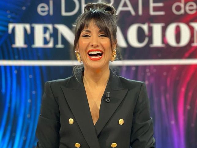 Nagore Robles tiene el traje negro de Zara más original y que te podrás poner muchísimo