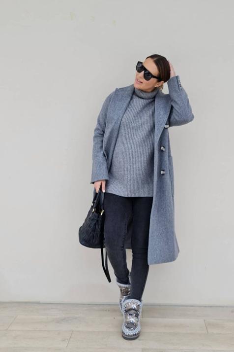 Abrigo de Primark de 40 euros, jersey calentito de las rebajas de H&M y los vaqueros premamá más cómodos: el look de Paula Echevarría que querrás copiar aunque no estés embarazada