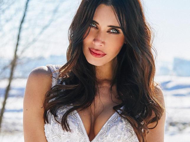 Pilar Rubio se pone de nuevo su vestido de novia para hacer un poco de postureo en la nieve