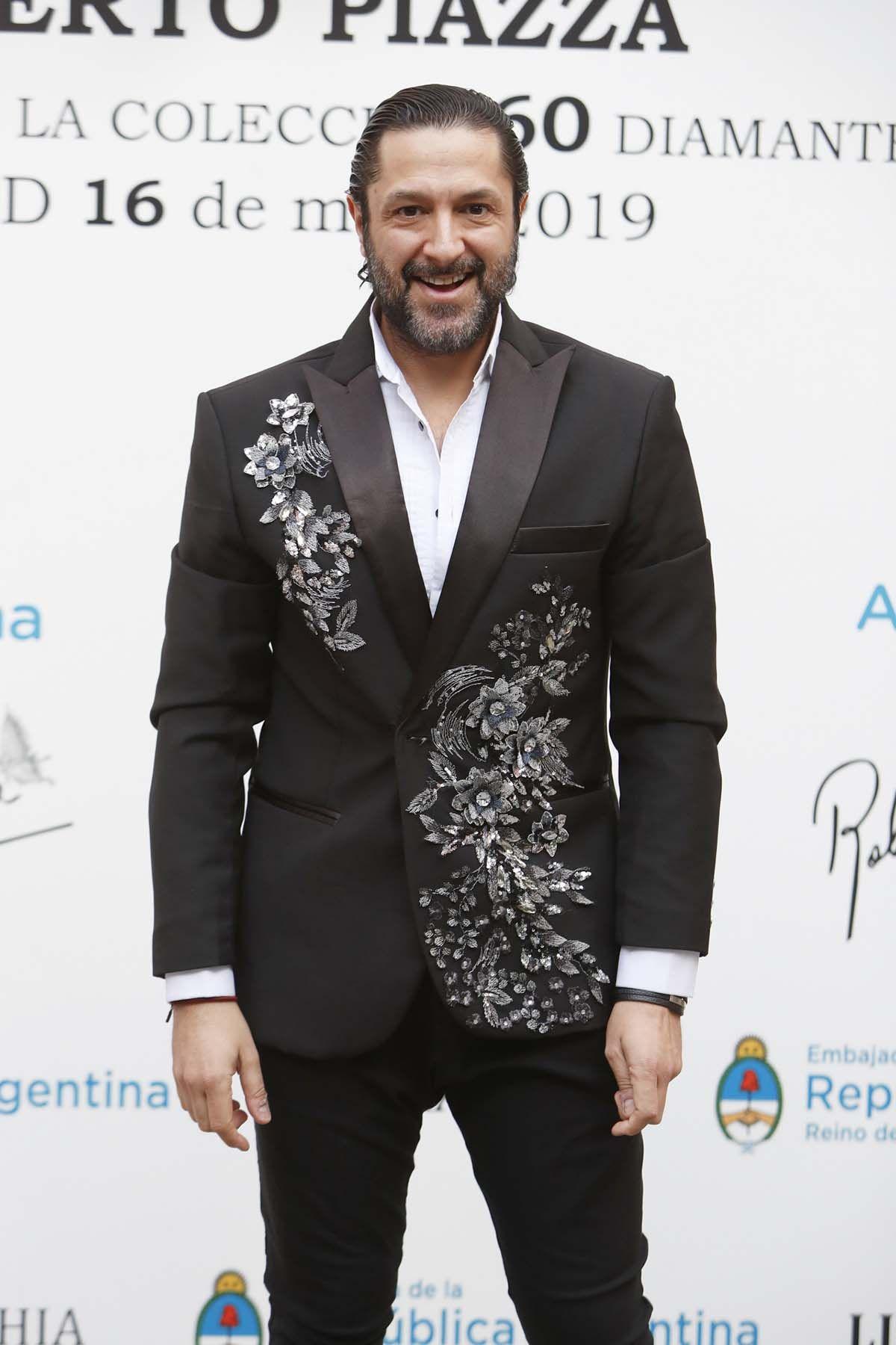 Rafael Amargo incumple su compromiso con 'Socialité' dejándoles 'tirados' minutos antes