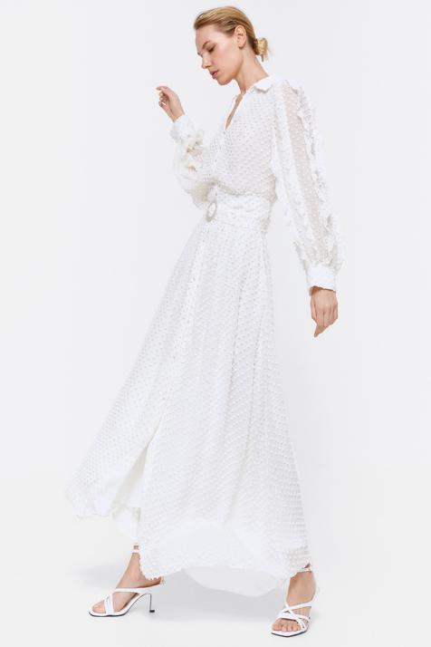 ¿Y si el vestido de novia más bonito del año es un look de las rebajas de Uterqüe de menos de 100 euros?
