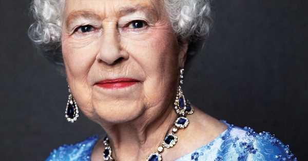 Isabel II se enteró de que era reina mientras estaba subida a un árbol