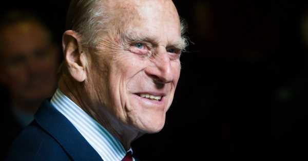El duque de Edimburgo permanecerá ingresado en el hospital hasta la próxima semana