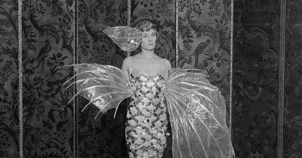 La historia detrás del misterioso retrato de Doris Delevingne, la tía abuela de Cara con las piernas más bonitas de Londres