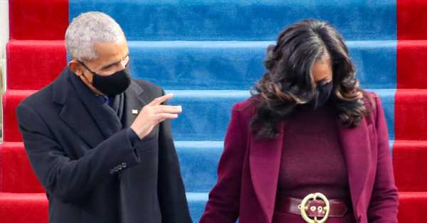 Esto es lo que piensa Barack Obama del poderoso look que lució Michelle Obama en la inauguración de Joe Biden