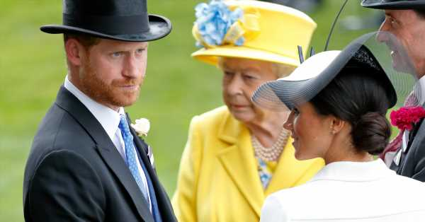 El difícil adiós que revelan los comunicados de la reina Isabel II, el príncipe Harry y Meghan