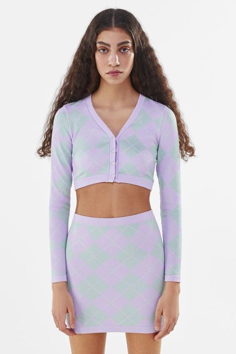 Te vas a enamorar de los dos conjuntos de Bershka en lila que son ideales para presumir de figura