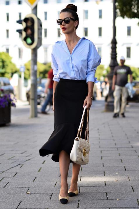 Hemos encontrado cuatro faldas midi en los Special Prices de Zara que se van a convertir en el comodín de tu armario por menos de 13 euros