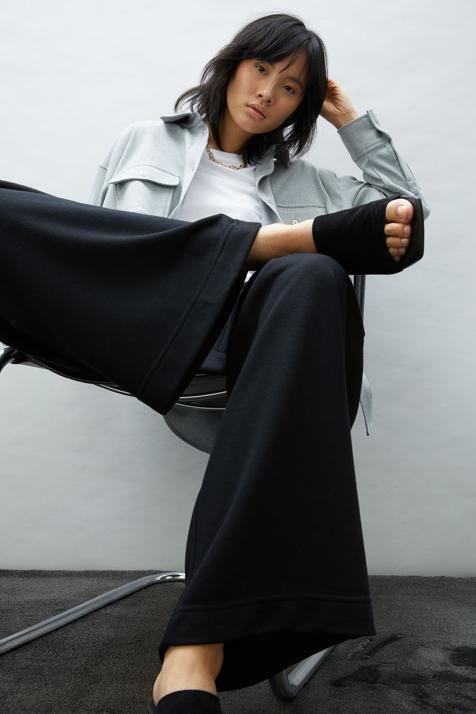 El pantalón más cómodo, favorecedor y barato del momento solo está en la web de H&M