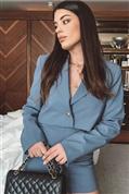 La obsesión es real: estas son las blazer cropped que arrasan en Instagram porque son ponibles, favorecen a partir de los 50 y disimulan barriga con pantalones altos