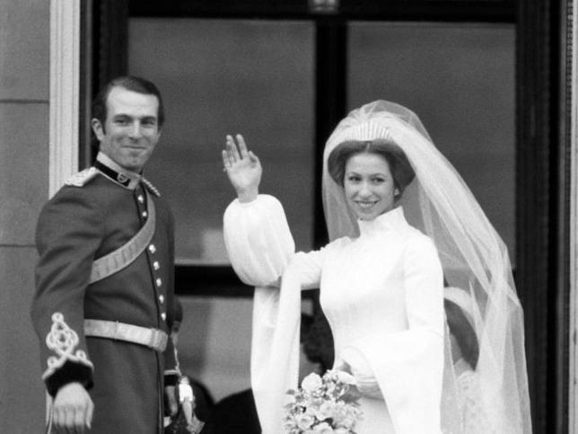 Las cartas de amor del amante de la princesa Ana fueron el primer disgusto de la reina Isabel II y el primer escándalo de la corona británica (y no Lady Di)