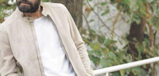 Bugra Gülsoy cumple 39 años en la cima de su carrera y feliz con su vida familiar