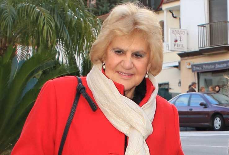 Carmen Bazán ingresada tras una operación de cadera