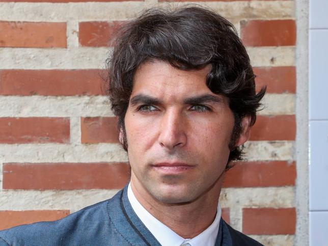 Dos matrimonios, dos escándalos: Nadie torea la tormenta del amor como Cayetano Rivera