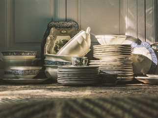 La revolución de las vajillas: por qué los platos se han convertido en el elemento esencial de la decoración de tu casa y dónde encontrar los más bonitos made in Spain