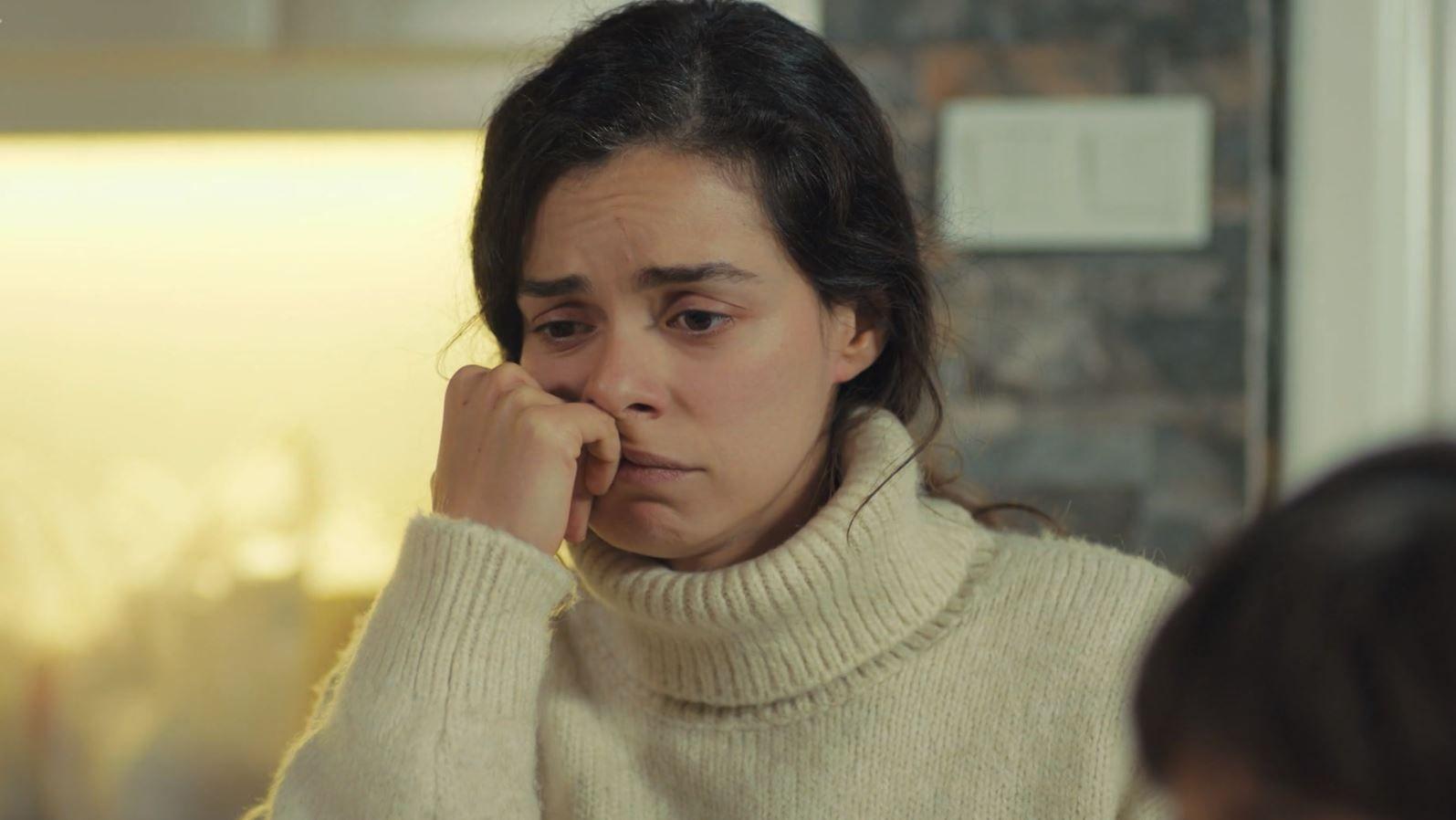 'Mujer': Bahar, incomunicada, todavía no sabe que su amiga ha muerto