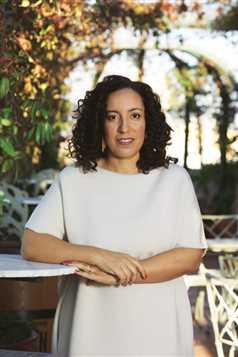 """Najat El Hachmi, la escritora que presume de ser marroquí, catalana y española: """"El conflicto lo ponen los demás"""""""