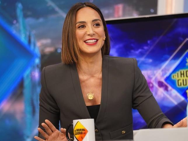 Tamara Falcó tiene el jersey de rayas marineras de Sfera con más éxito (y cuesta menos de 16 euros)