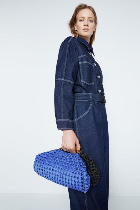 Los bolsos de mano de Uterqüe que parecen de lujo y vas a combinar con tus looks de fiesta y de invitada