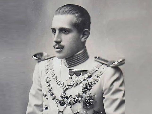 Don Jaime de Borbón: el infante sordo que se casó con una plebeya y al que obligaron a renunciar al trono de nuestro país en favor de Don Juan de Borbón, padre de Juan Carlos I de España