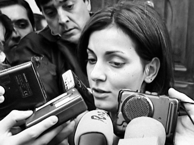 El caso Nevenka llega mañana a Netflix: así es la crónica del trágico infierno que causó el primer político español condenado por acoso sexual