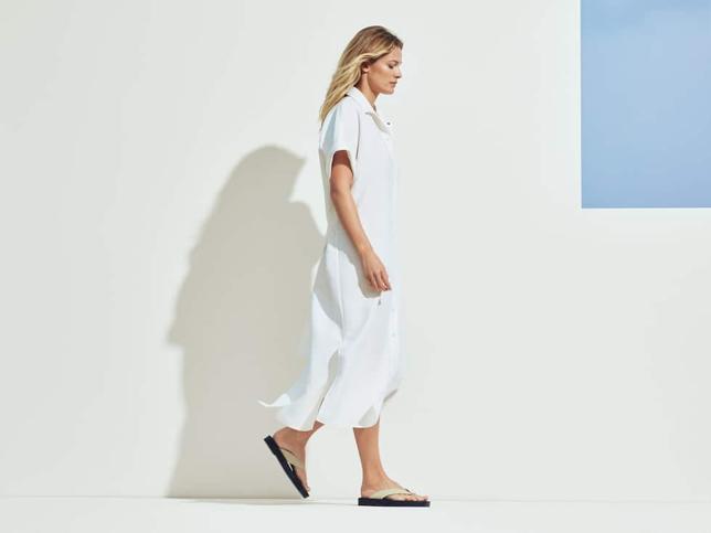 Tu armario de temporada no está completo sin un vestido camisero y este de Massimo Dutti es perfecto para crear dos looks diferentes e impecables