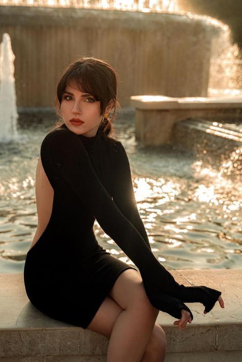 Dos vestidos cortos de los Special Prices de Massimo Dutti que son perfectos para tus looks de noche