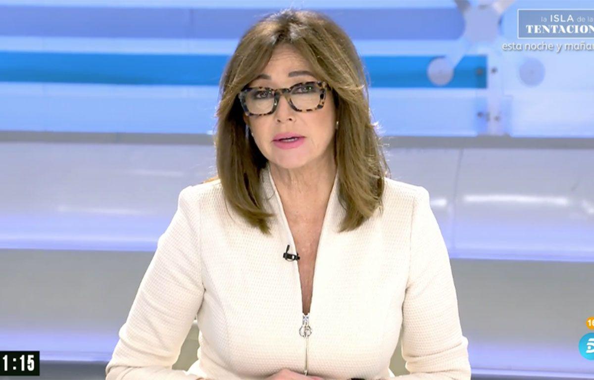 Ana Rosa Quintana 'copia' el traje de chaqueta que llevó Letizia en su pedida de mano