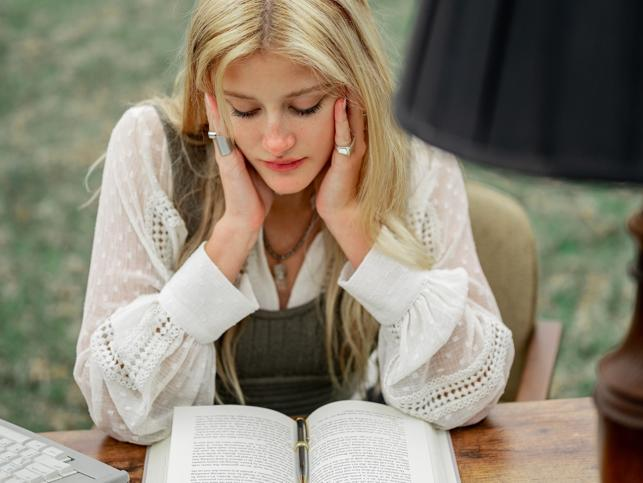 Por qué los  clubes de lectura se han convertido en nuestra tendencia cultural favorita en tiempos de pandemia