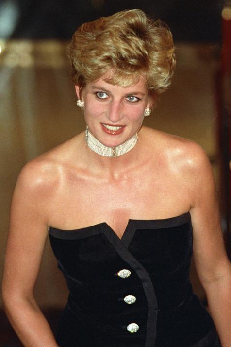 Media melena y flequillo ladeado: rescatamos este corte de pelo de Lady Di para llevar a los 20 y a los 50