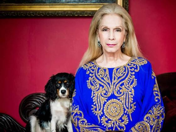 Lady Colin Campbell: la cronista no autorizada que se ha convertido en azote de la casa real británica (de su persecución a los duques de Sussex a los secretos de alcoba de Isabell II)