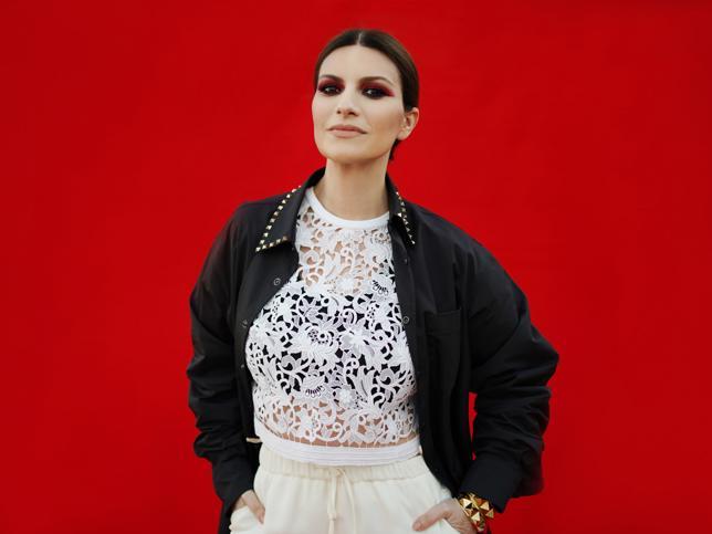 Laura Pausini: de cantante cursi y pillada en un concierto sin ropa interior a diva con Globo de Oro y nominada al Oscar