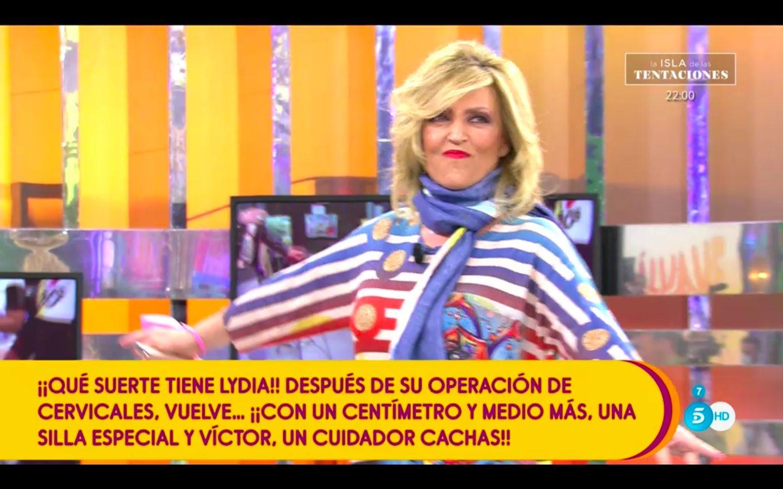 Sálvame: Así ha sido el primer día de Lydia Lozano en 'Sálvame' tras su operación