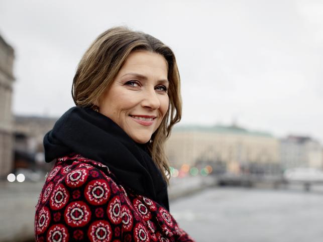 Marta Luisa de Noruega la princesa medium que es adicta a tik tok e Instagram, habla con los ángeles, tiene reality propio, nunca quiso ser reina y está a punto de renunciar a su título para unirse al chamán de Gwyneth Paltrow
