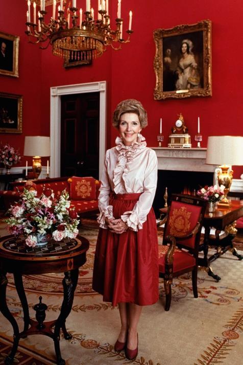Actriz sin talento, amante del lujo y loca por la astrología: por qué Nancy Reagan  fue el cerebro en la sombra de la Casa Blanca en los 80 (aunque interpretó el papel de primera dama silenciosa)
