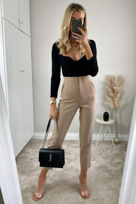 Este pantalón con truco de Zara de menos de 26 euros, disponible en seis colores diferentes, hace la cintura más delgada y es ideal para tus looks de entretiempo