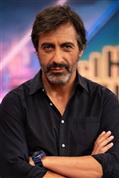 Por qué Juan del Val, un señor escritor casado y canoso que ya no cumple 50, se ha convertido por derecho propio en el hombre más sexy de la televisión (y en la pesadilla de Ágatha Ruiz de la Prada)