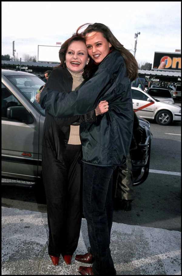 Shaila recuerda a Rocío Dúrcal con un emotivo vídeo en el 15º aniversario de su muerte