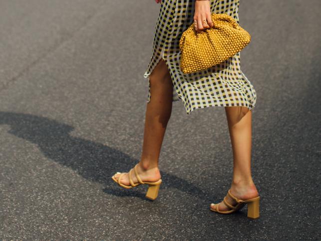Amor por estas sandalias de tacón cómodo que acaban de llegar a Primark porque pegan con todo y estilizan las piernas