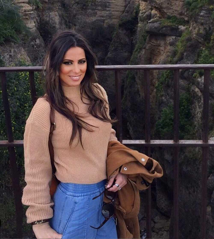 La cantante Sara Denez desmiente su relación con Íker Casillas